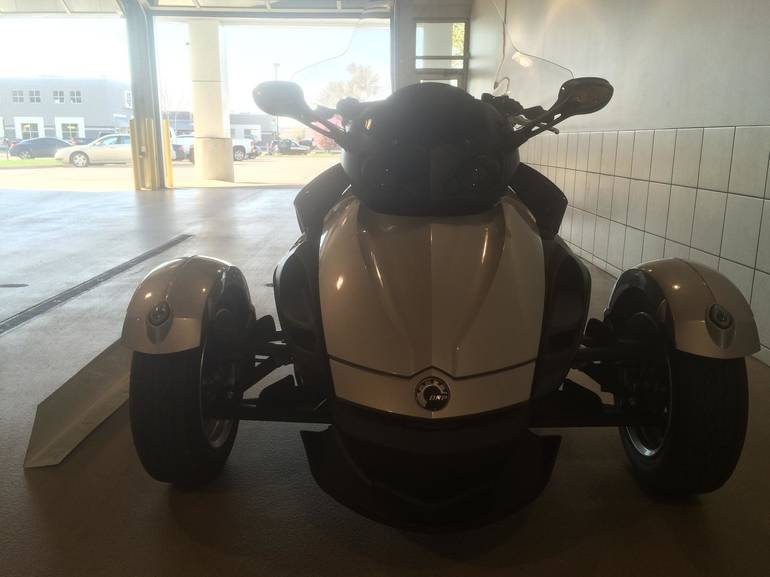 See more photos for this Can-Am SPYDER RS SM5 EUR, 2010 motorcycle listing