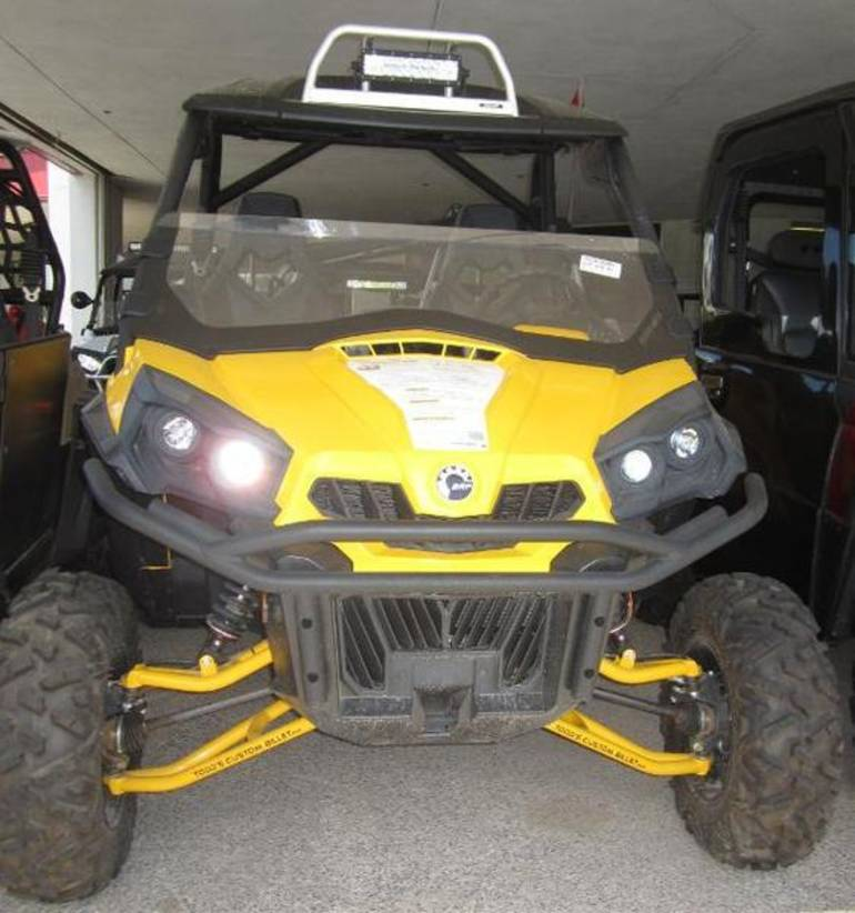 See more photos for this Can-Am Commander 1000, 2011 motorcycle listing