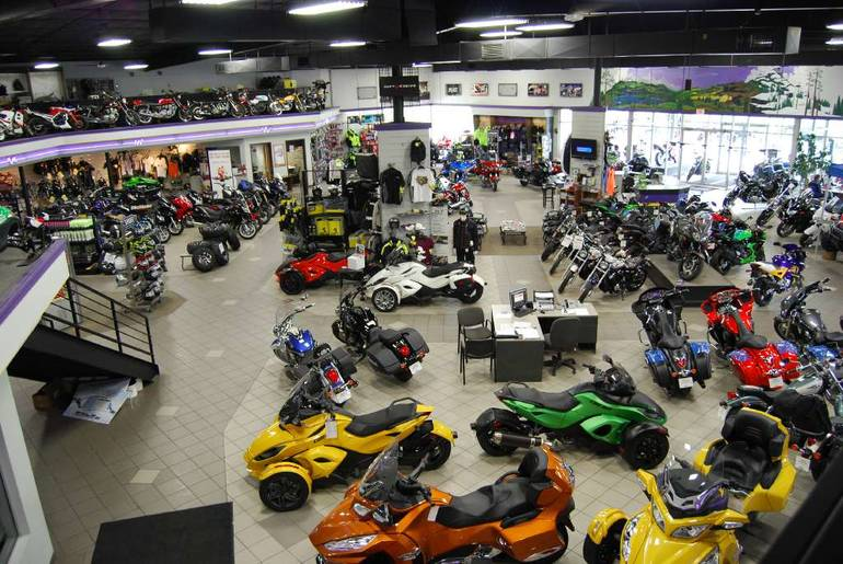See more photos for this Can-Am Outlander MAX 800R EFI XT, 2011 motorcycle listing