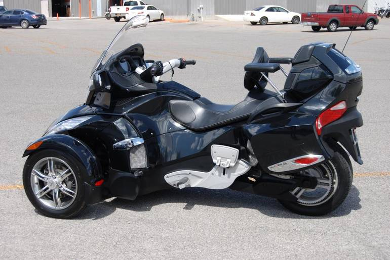 See more photos for this Can-Am RTS-SE5, 2011 motorcycle listing