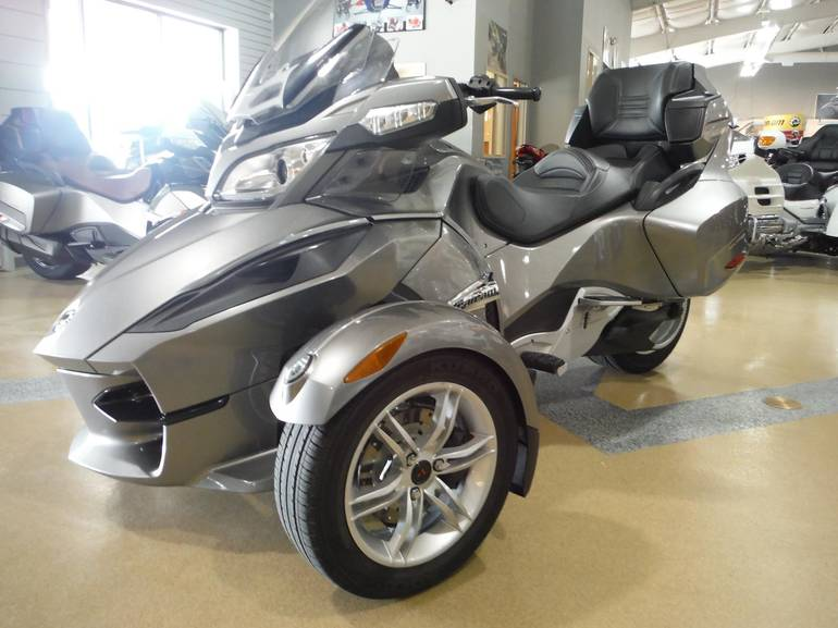 See more photos for this Can-Am SPYDER RT-SM5, 2011 motorcycle listing