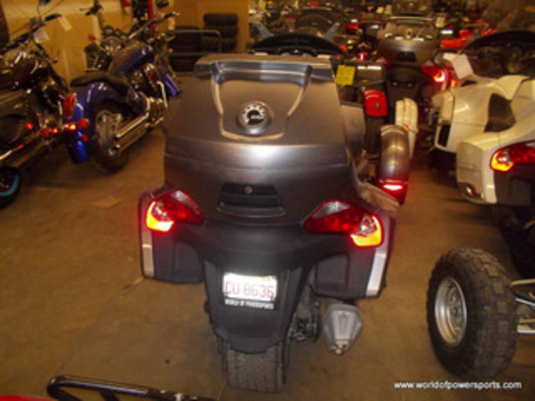 See more photos for this Can Am SPYDER, 2011 motorcycle listing