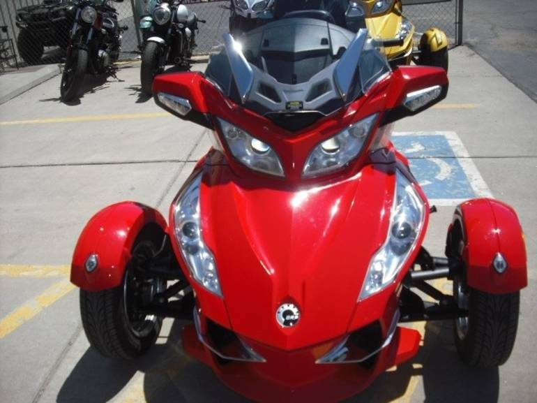 See more photos for this Can-Am Spyder® RT-S SE5, 2011 motorcycle listing