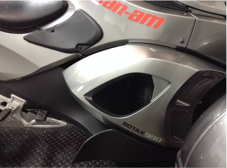 See more photos for this Can-Am Spyder RS SM5, 2011 motorcycle listing
