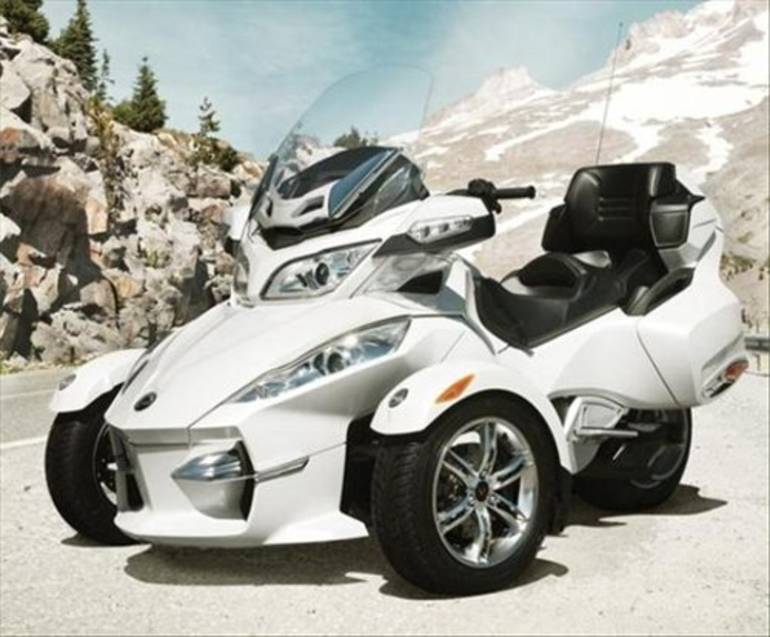 See more photos for this Can-Am Spyder RT (Audio and Convenience), 2011 motorcycle listing