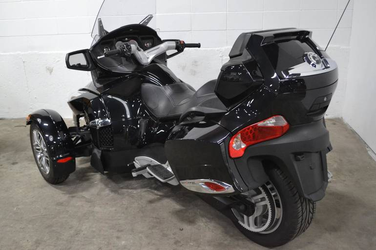 See more photos for this Can-Am Spyder RT-S, 2011 motorcycle listing
