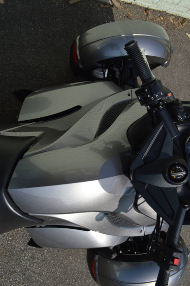 See more photos for this Can-Am Spyder Roadster RS, 2011 motorcycle listing