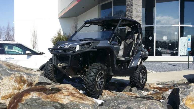 See more photos for this Can-Am Commander LTD 1000, 2012 motorcycle listing