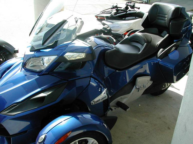 See more photos for this Can-Am RT SM5, 2012 motorcycle listing