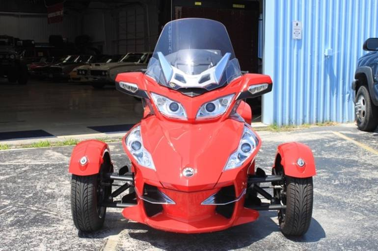 See more photos for this Can-Am RTS-SE5, 2012 motorcycle listing