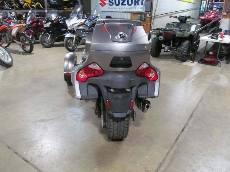 See more photos for this Can-Am SPYDER RT, 2012 motorcycle listing