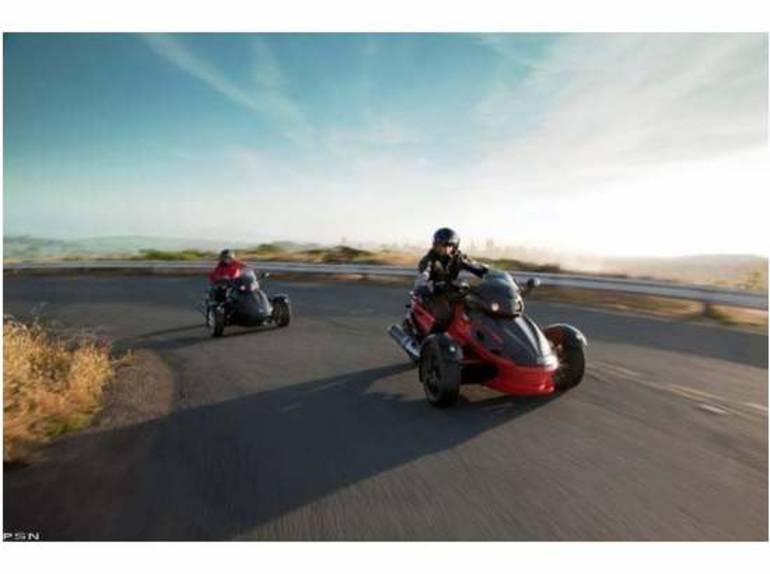 See more photos for this Can-Am Spyder™ RS-S SE5, 2012 motorcycle listing
