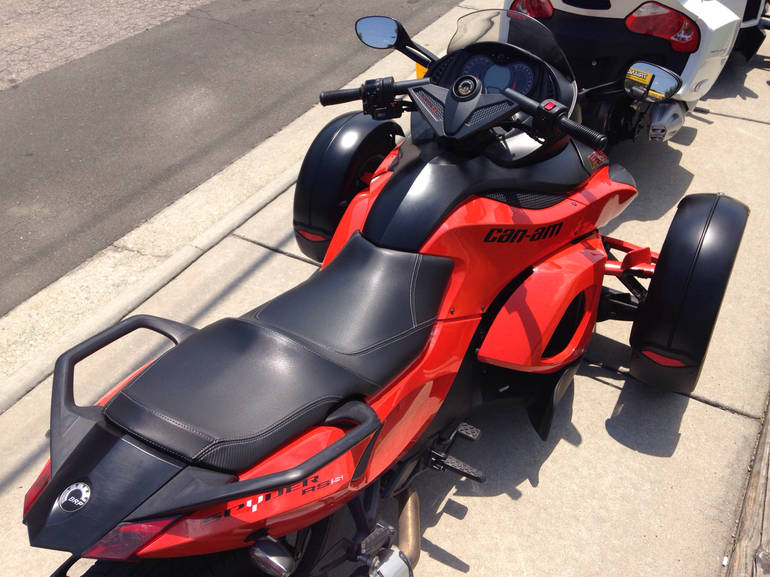 See more photos for this Can-Am Spyder RSS, 2012 motorcycle listing