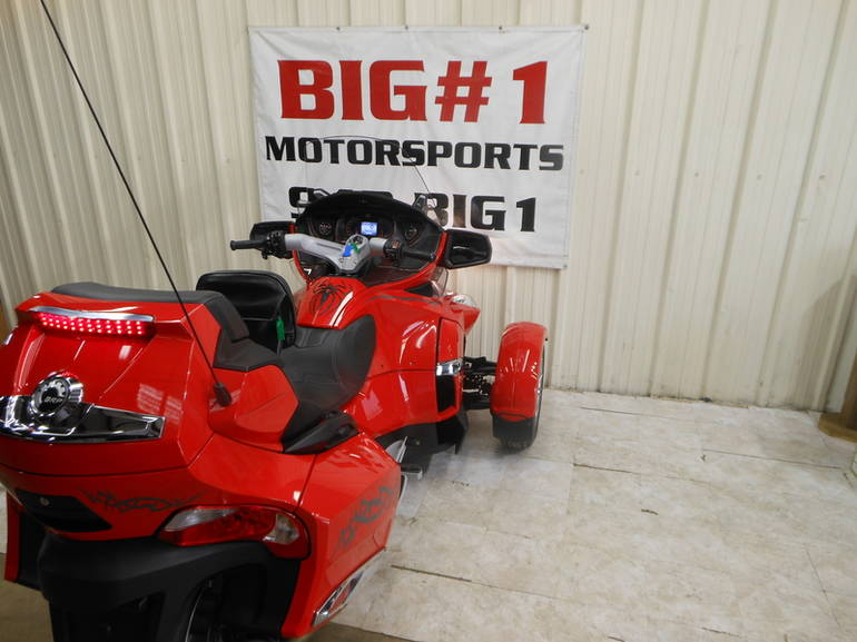 See more photos for this Can-Am Spyder RT-S SE5, 2012 motorcycle listing
