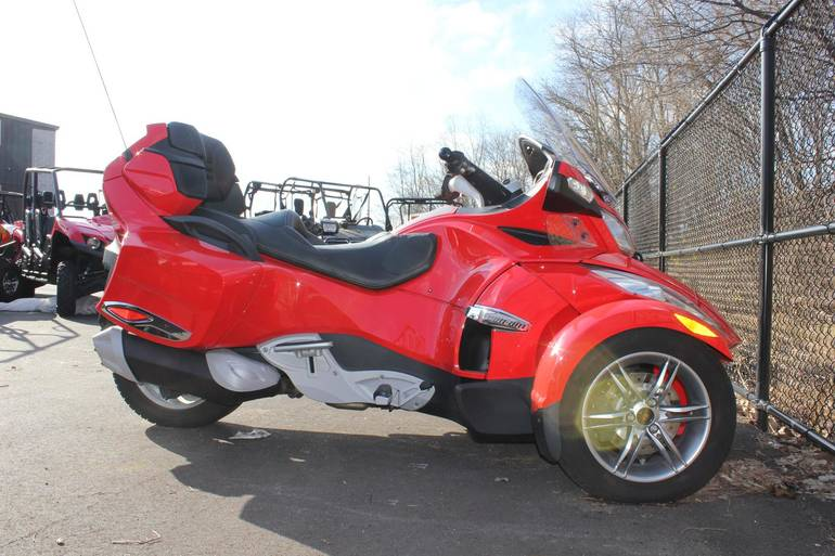 See more photos for this Can-Am Spyder RT SM 5, Ref#000146, 2012 motorcycle listing