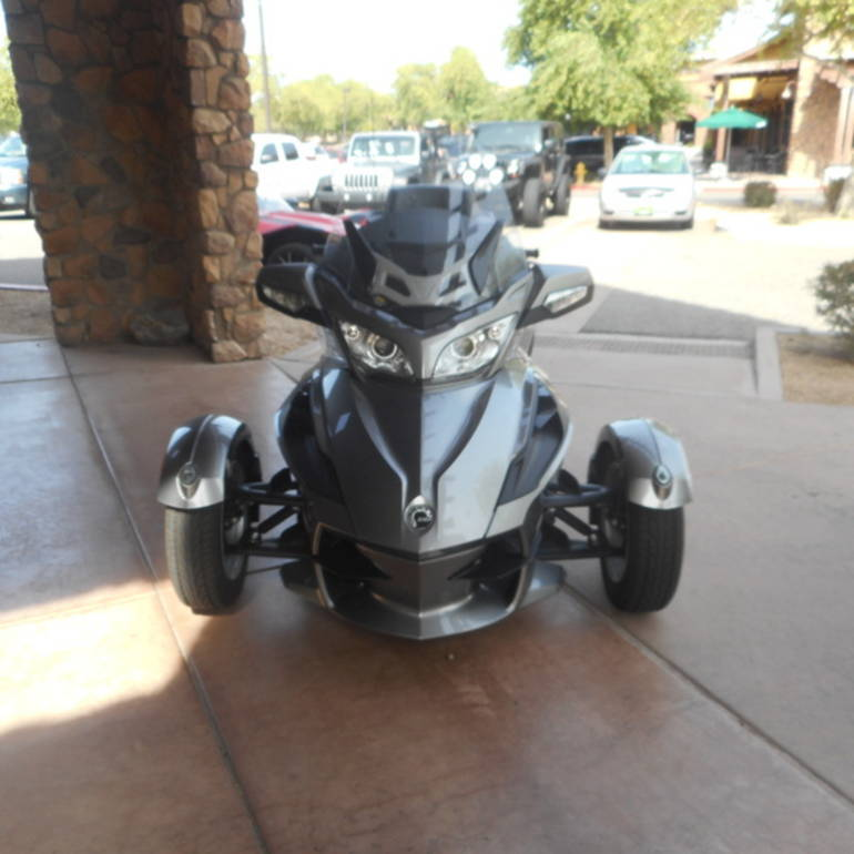 See more photos for this Can-Am Spyder RT SM5, 2012 motorcycle listing