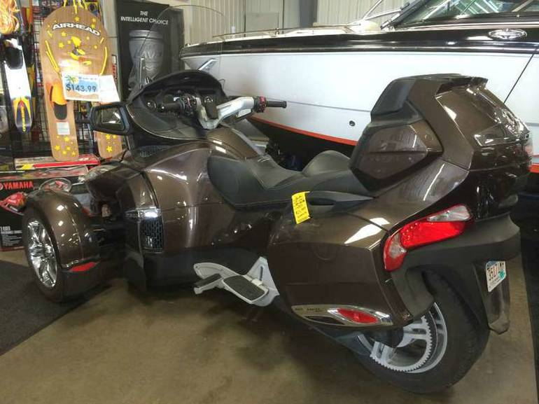 See more photos for this Can-Am Spyder Roadster RT-Limited, 2012 motorcycle listing