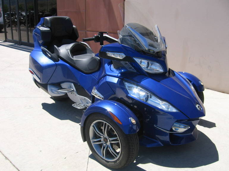 See more photos for this Can-Am Spyder Roadster RT-S, 2012 motorcycle listing
