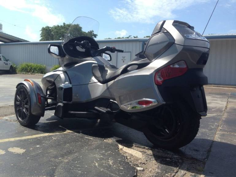 See more photos for this Can-Am RTS-SE5, 2013 motorcycle listing