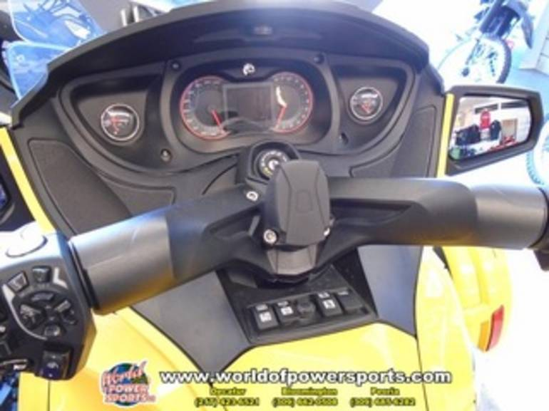 See more photos for this Can Am RTSE5, 2013 motorcycle listing