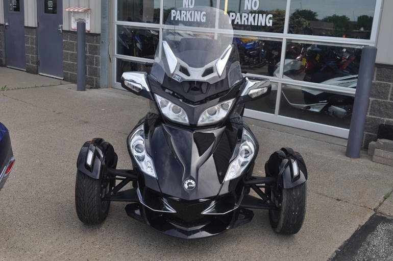 See more photos for this Can-Am SPYDER RT Limited SE6, 2013 motorcycle listing
