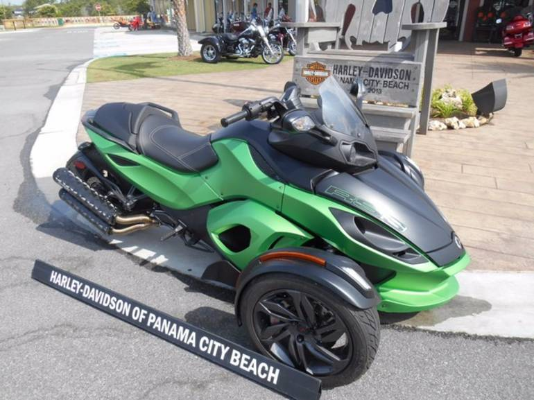 See more photos for this Can-Am SPYDER, 2013 motorcycle listing