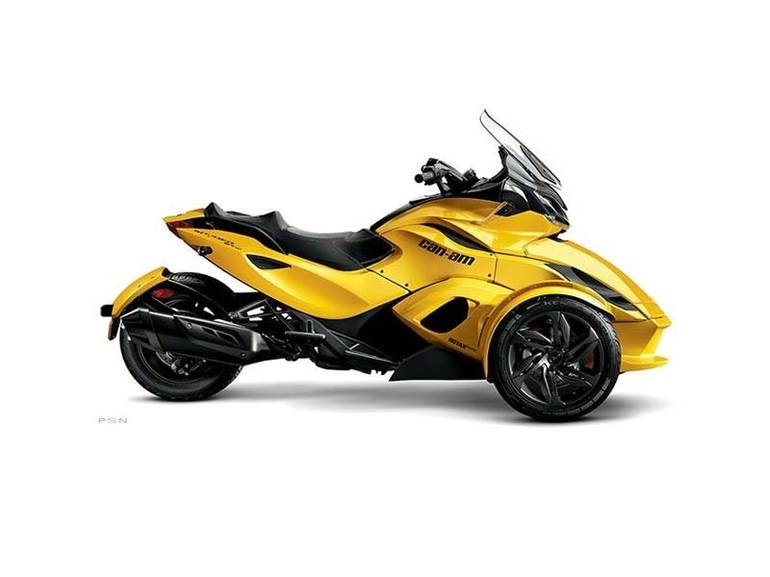 See more photos for this Can-Am Spyder® ST-S SM5, 2013 motorcycle listing