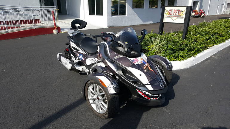 See more photos for this Can-Am Spyder RS-S SM5, 2013 motorcycle listing