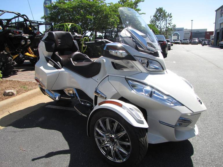 See more photos for this Can-Am Spyder RT Limited - SE5, 2013 motorcycle listing