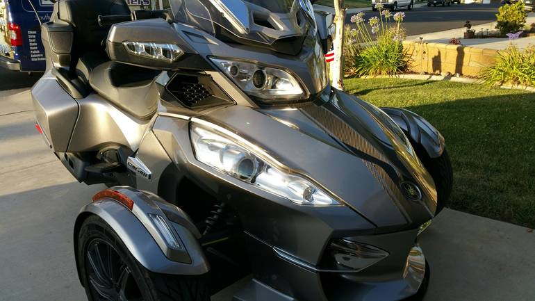 See more photos for this Can-Am Spyder RT SE5, 2013 motorcycle listing