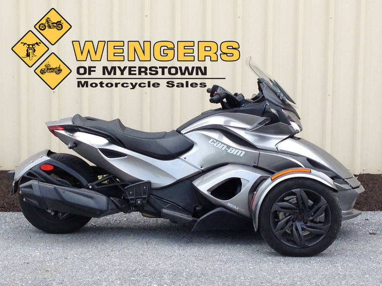 See more photos for this Can Am Spyder STS SE5, 2013 motorcycle listing