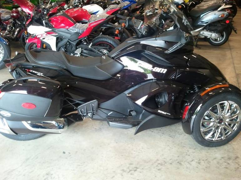 See more photos for this Canam SPYDER RT SE5 LTD, 2013 motorcycle listing