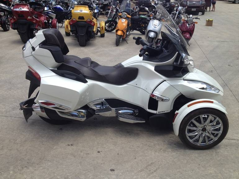 See more photos for this Spyder RT Limited SE5, 2013 motorcycle listing