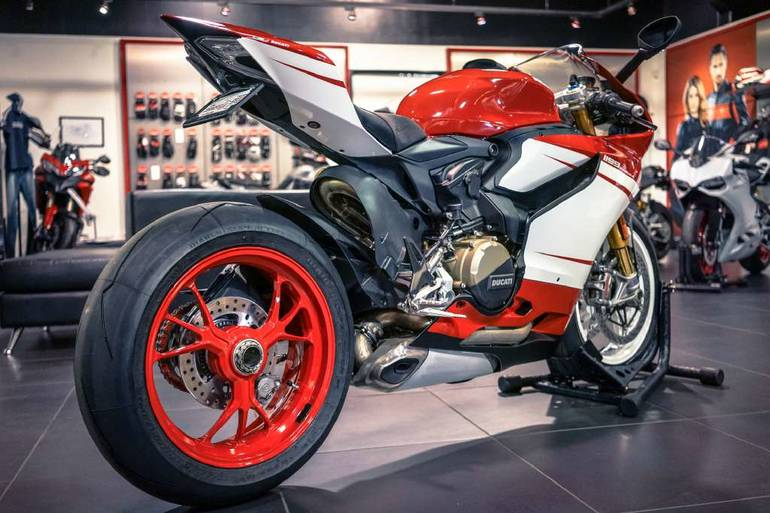 See more photos for this Custom DUCATI 1199S PANIGALE, 2014 motorcycle listing
