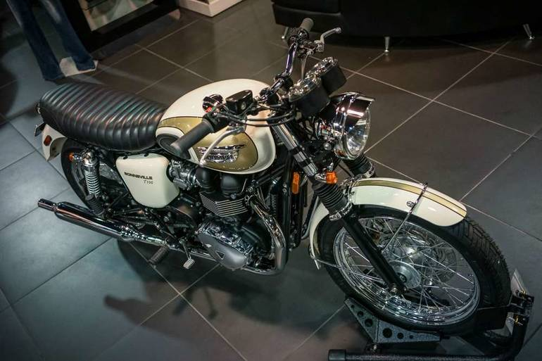 See more photos for this Custom TRIUMPH BONNEVILLE T100, 2014 motorcycle listing