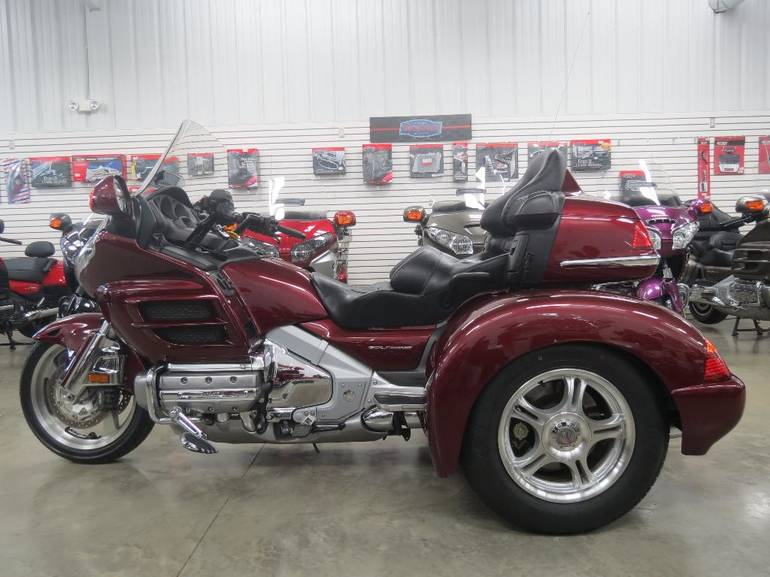 See more photos for this Champion Trikes Honda Goldwing GL 1800 Trike Kit, 2005 motorcycle listing