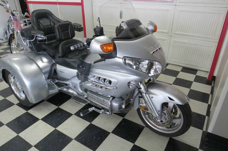 See more photos for this Champion Trikes Honda Goldwing GL 1800 Trike Kit, 2007 motorcycle listing