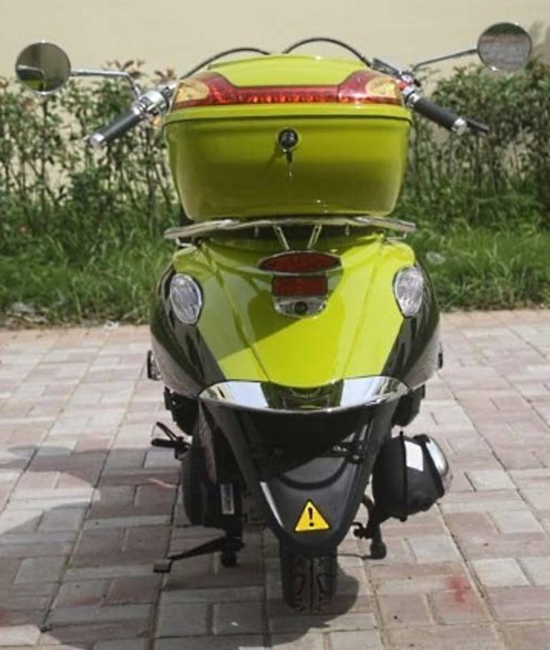 See more photos for this Rta Brand New 150cc Air Cooled Moped Scooter, 2014 motorcycle listing