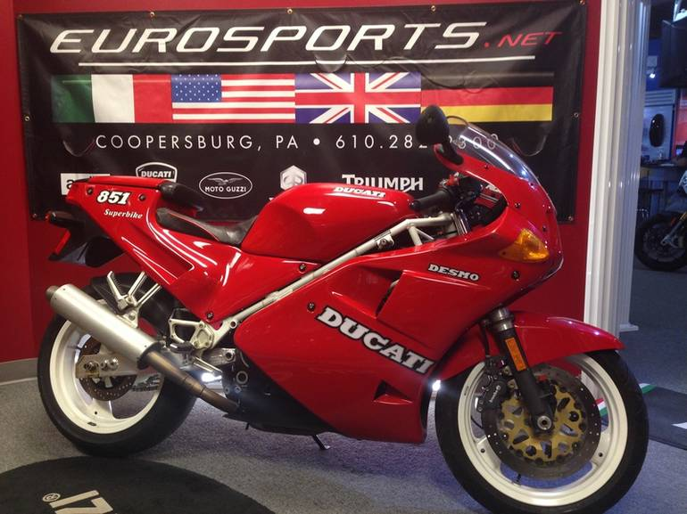 See more photos for this Ducati 851, 1990 motorcycle listing