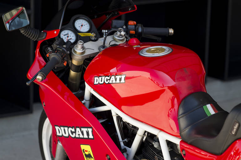 See more photos for this Ducati SUPER SPORT 900, 1991 motorcycle listing