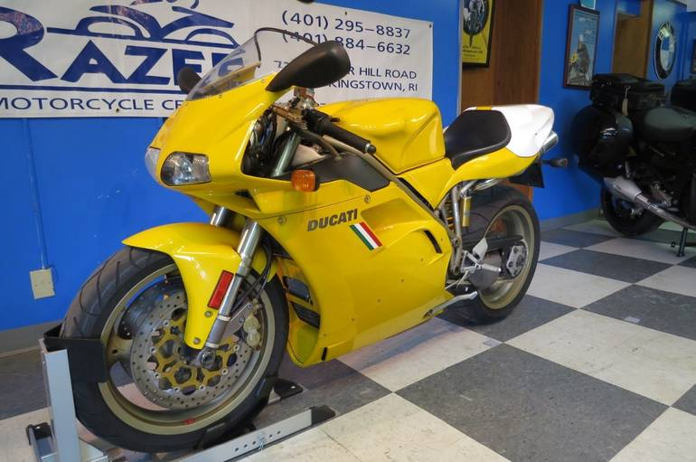 See more photos for this Ducati 916, 1998 motorcycle listing
