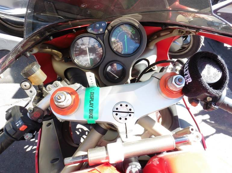 See more photos for this Ducati 748 BIPOSTO, 1999 motorcycle listing