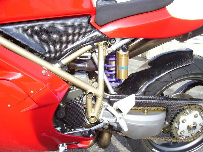 See more photos for this Ducati 996S, 1999 motorcycle listing