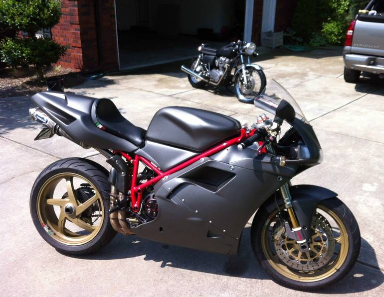 See more photos for this Ducati Superbike 748, 2001 motorcycle listing