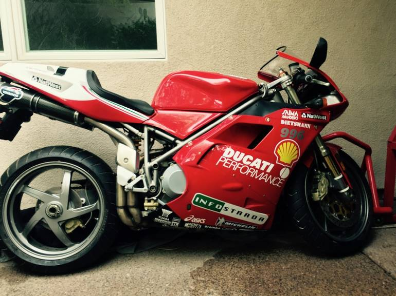 See more photos for this Ducati Superbike 996, 2001 motorcycle listing