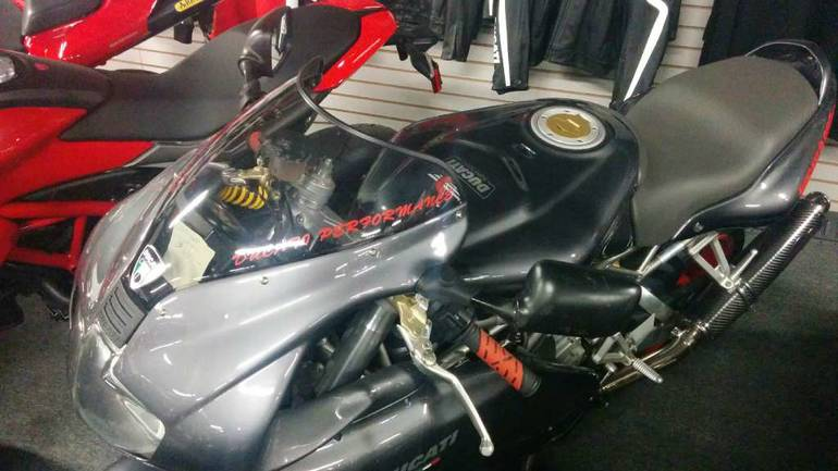 See more photos for this Ducati 900 SuperSport, 2002 motorcycle listing