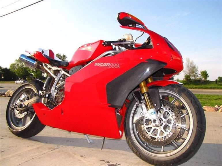See more photos for this Ducati 999 S, 2003 motorcycle listing