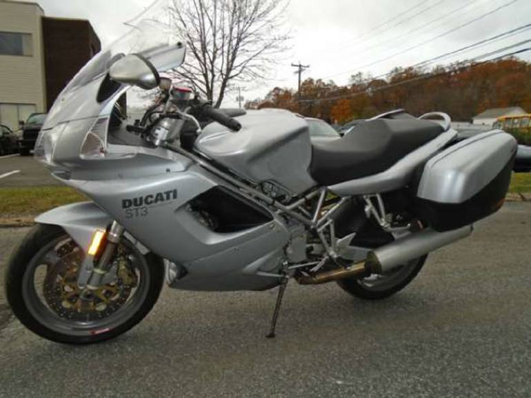See more photos for this Ducati ST3, 2004 motorcycle listing
