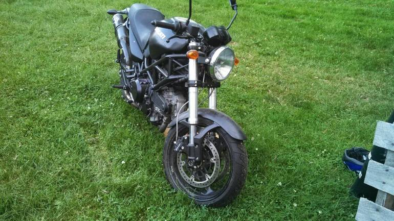 See more photos for this Ducati Monster 695, 2008 motorcycle listing