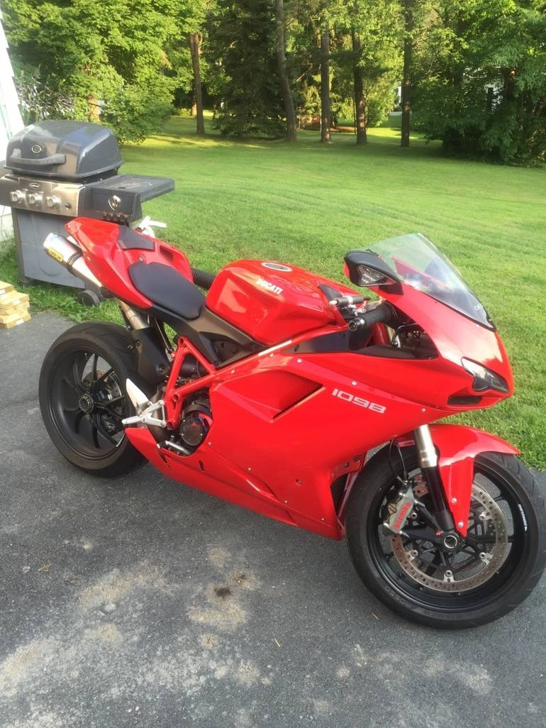 See more photos for this Ducati Superbike , 2008 motorcycle listing